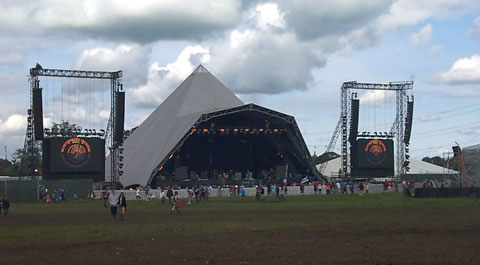 glastonbury pyramid sound check