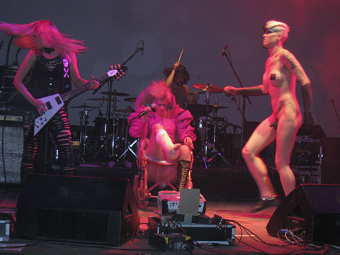 Peaches at Sziget
